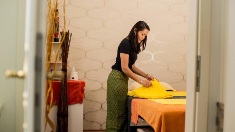 Thasiana-Massage-Vorbereitung.jpg